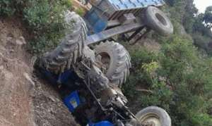 ट्र्याक्टर दुर्घटनामा दुई सहचालकको मृत्यु