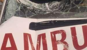 मोरङमा बिरामी बोकेको एम्बुलेन्स दुर्घटना हुँदा पाँच जना घाइते