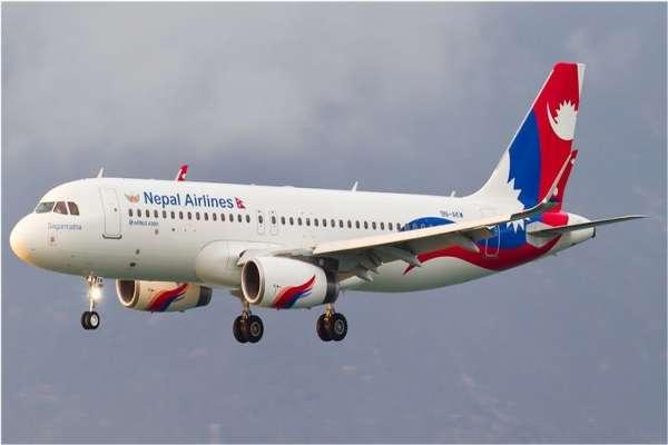 दुबईबाट १४० यात्रु लिएर काठमाडौँ आउन लागेको विमानले नक्सा बिर्सिएपछी...