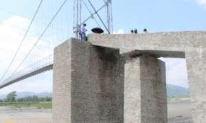 दुई महिना नपुग्दै पुल भत्कियो