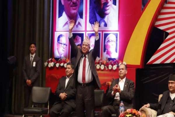नेकपा एकता: जिल्ला नेतृत्वको सुची बाहिरिएसंगै माधव नेपाल पनि बाहिरिए !