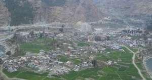 शून्यबिन्दुबाट सडक निर्माण गर्नुपर्ने माग राख्दै नारा जूलुससहित चैनपुर बजार बन्द